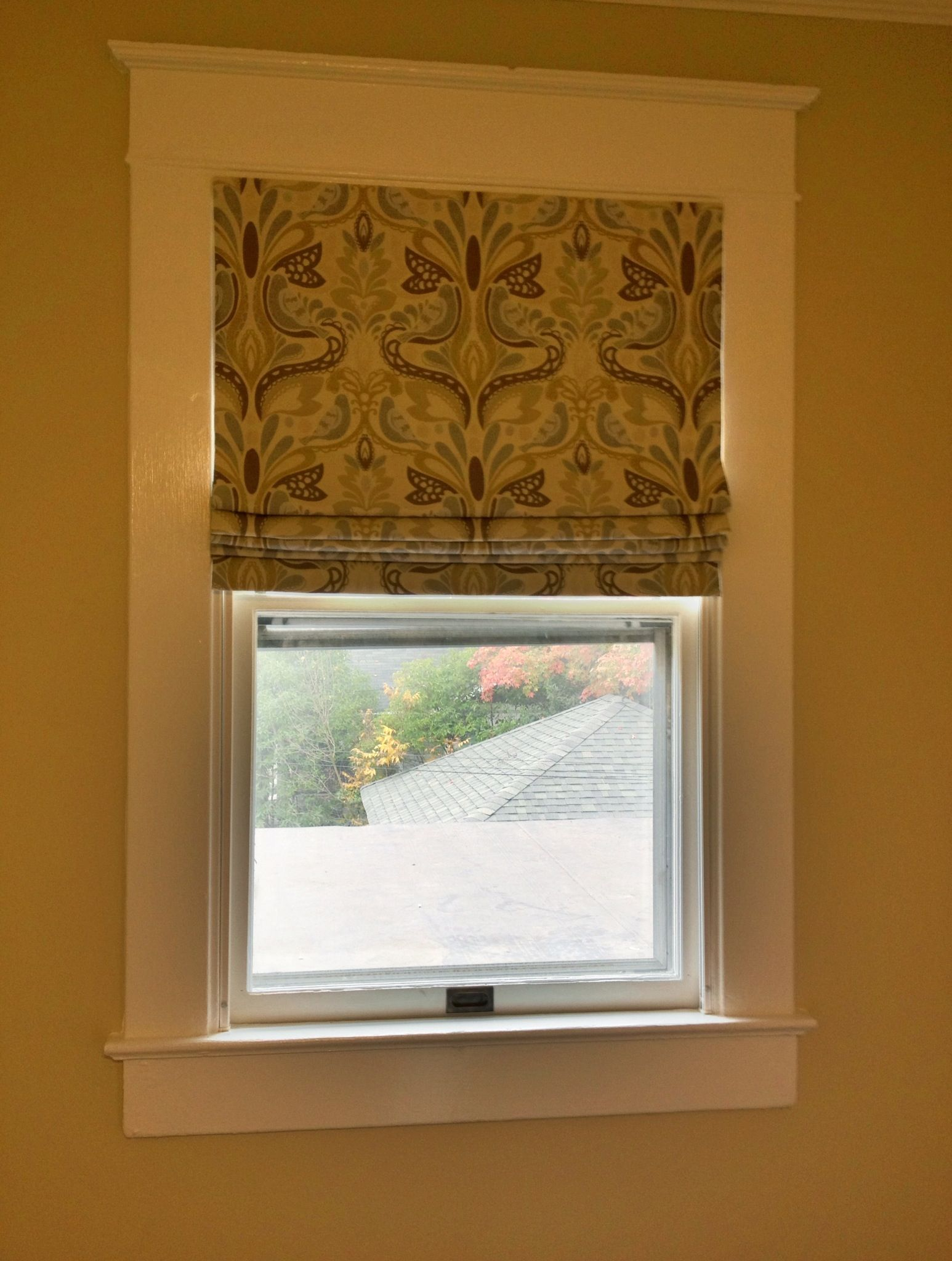 Cordless Roman Shade using CK lift system Raise and lower with your