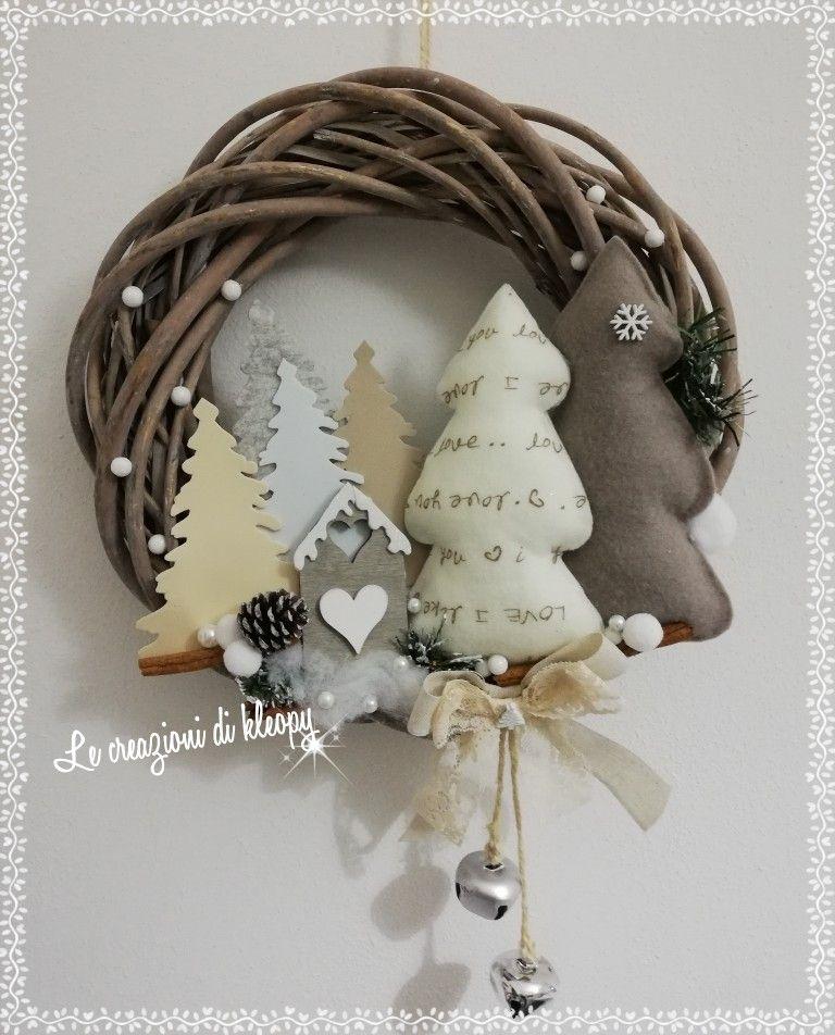 Photo of Ghirlanda natalizia in vimini