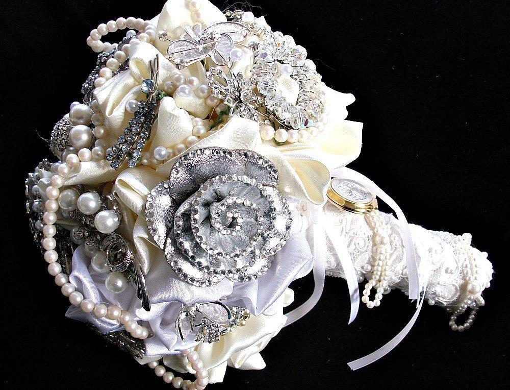 Custom Order Brooch Bouquets Alternative wedding Wedding brooch