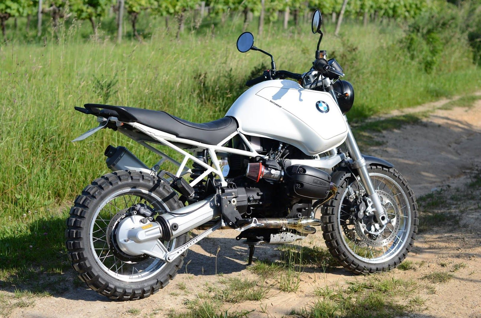Bmw 1100 Gs : racing caf bmw r gs by motorieep bmw motorcycles pinterest bmw scrambler and cafes ~ Nature-et-papiers.com Idées de Décoration