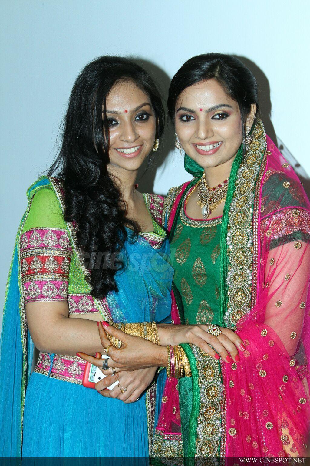 Samvritha Sunil Marriage Reception Photos With Prithviraj Google