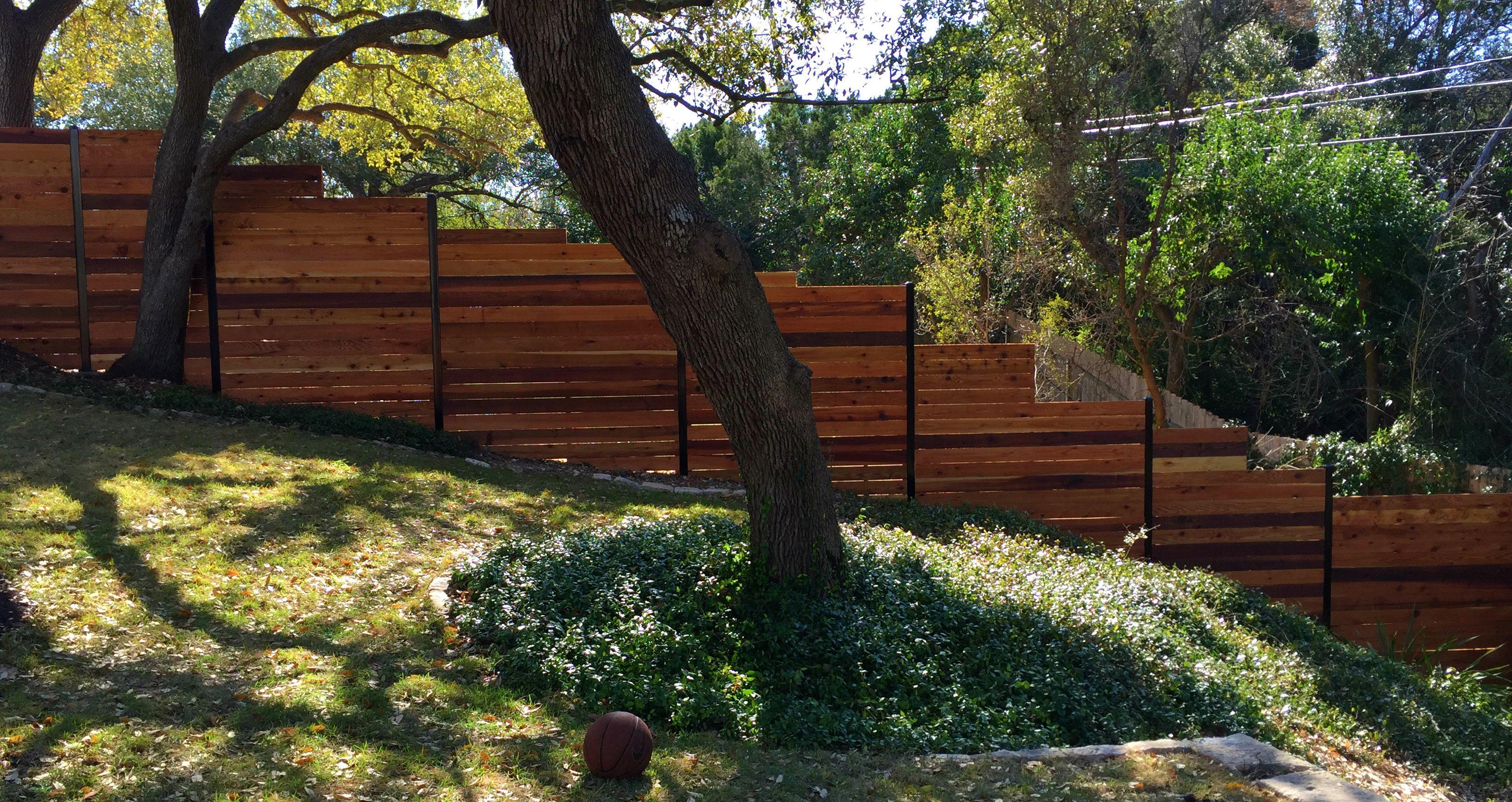 6h horizontal cedar privacy fence framed between 3 black steel 6h horizontal cedar privacy fence framed between 3 black steel posts baanklon Images