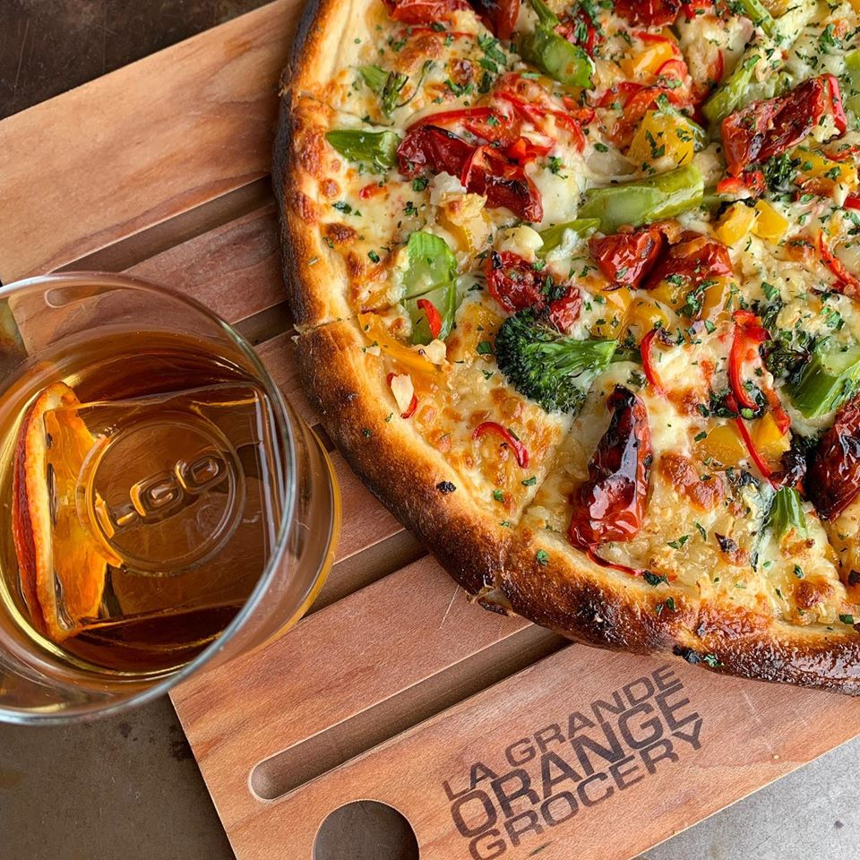 10 Phoenix Pizza Restaurants That Are Open For Dine In This May Urbanmatter Phoenix Pizza Restaurant Chicago Deep Dish Pizza Delicious Pizza