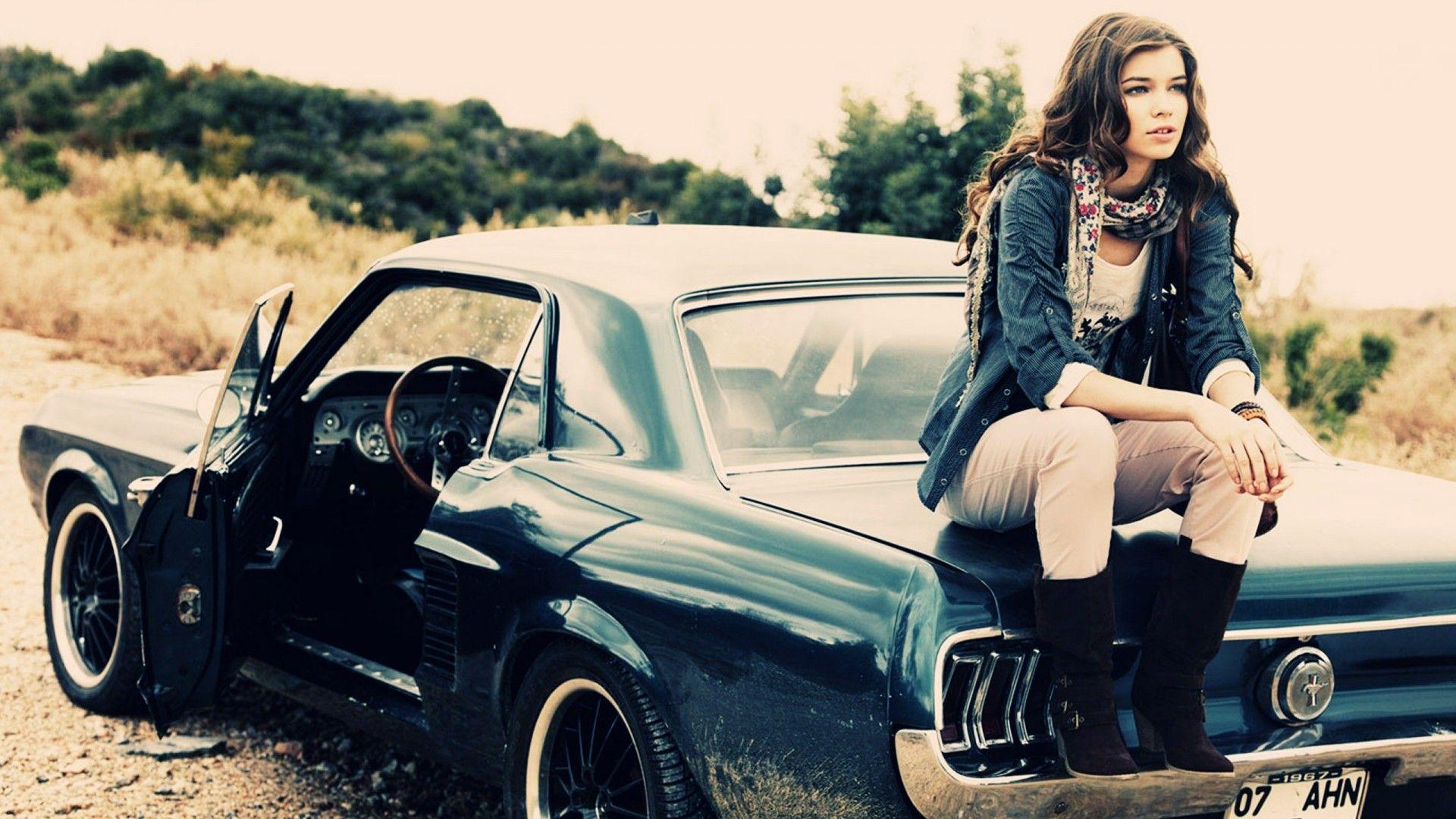 Vintage Hot Girl Background | Vintage | Pinterest