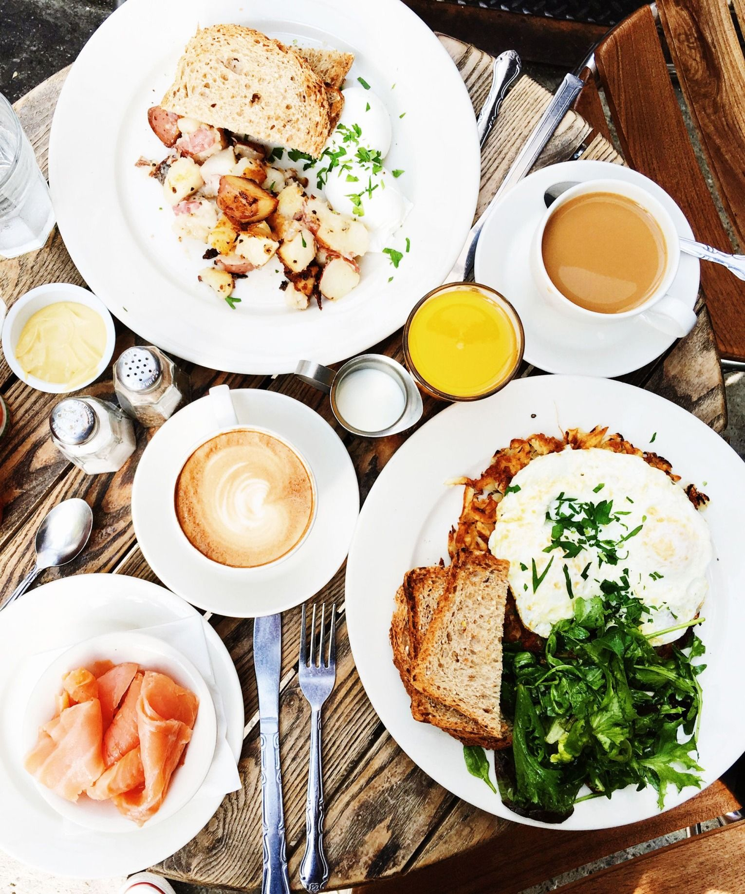 Everyone Is Obsessed With These Brunch Spots Bookmark This