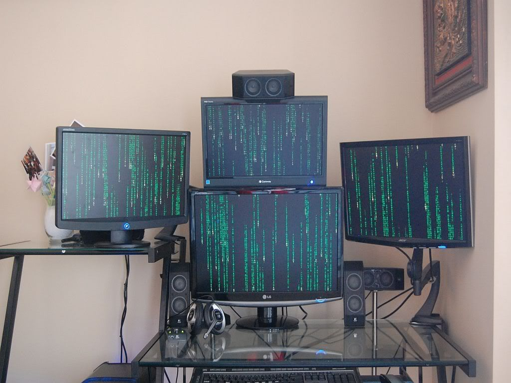 messy pc room cables - Recherche Google | GEEK HACKING | Pinterest ...