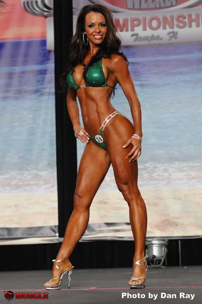 Michelle at the IFBB Tampa Pro 2012 Championships