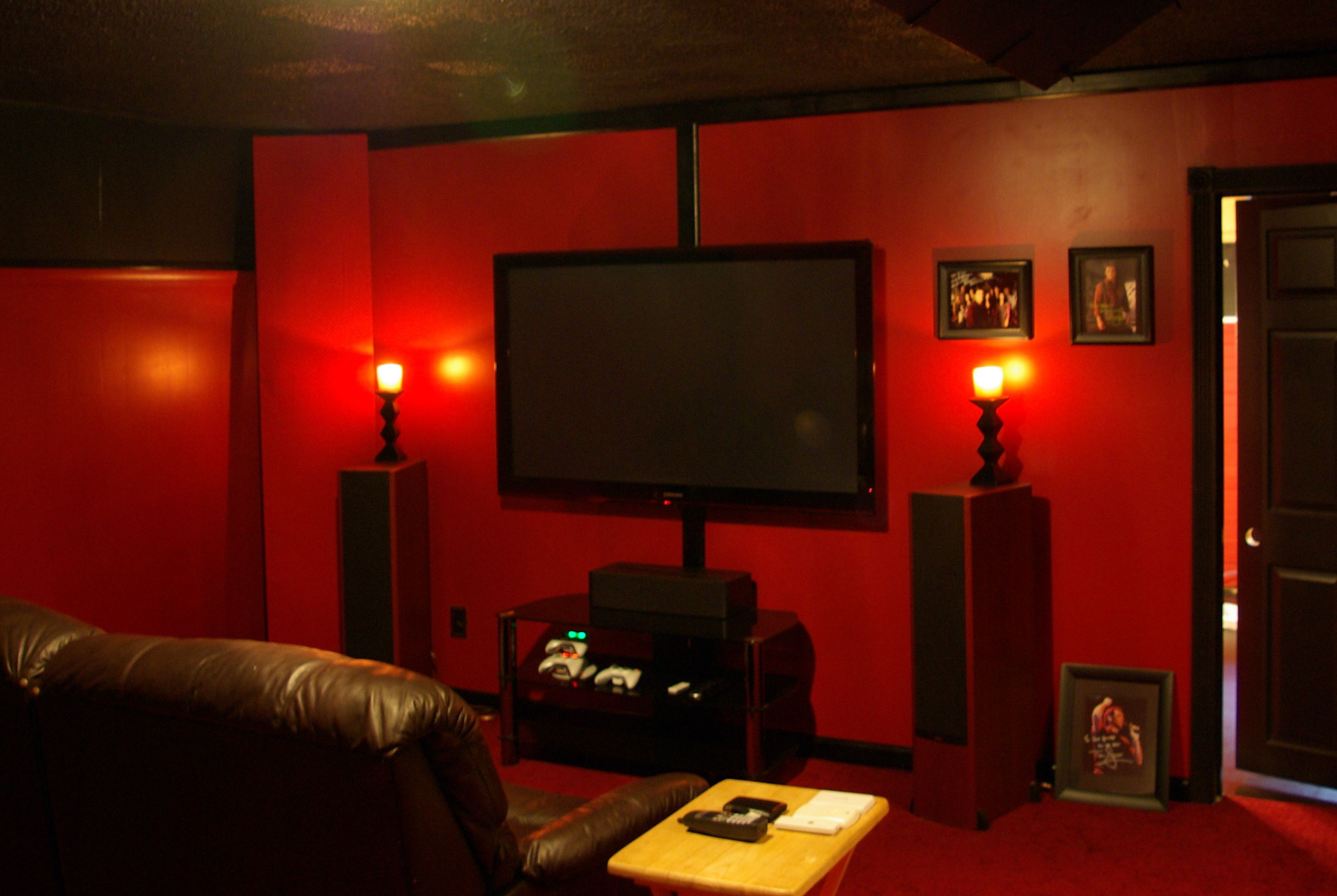 interior-design-spectacular-home-theater-room-with-red-wall-color