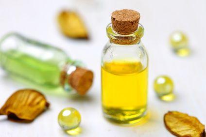 Huile anti chute au Jojoba : huile de Jojoba + huile essentielle de Palmarosa bio www.biotysens.fr