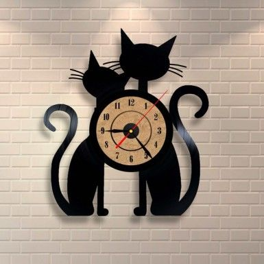 Amazing cats wall clock