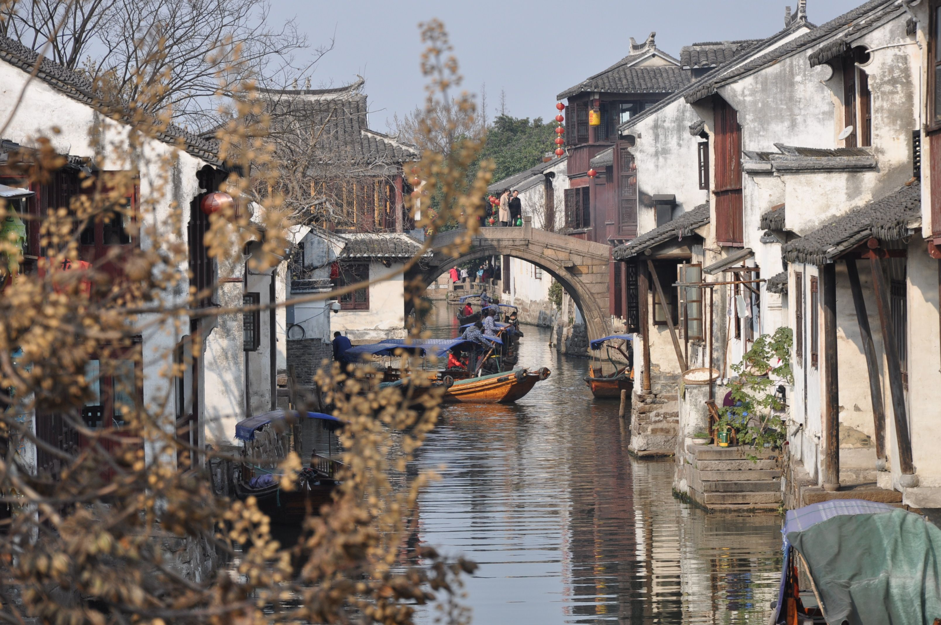 Traditional Chinese Houses By The River Traditional Chinese