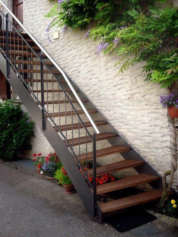 Escalier extérieur bois métal de type Loft | Side Yard Project ...