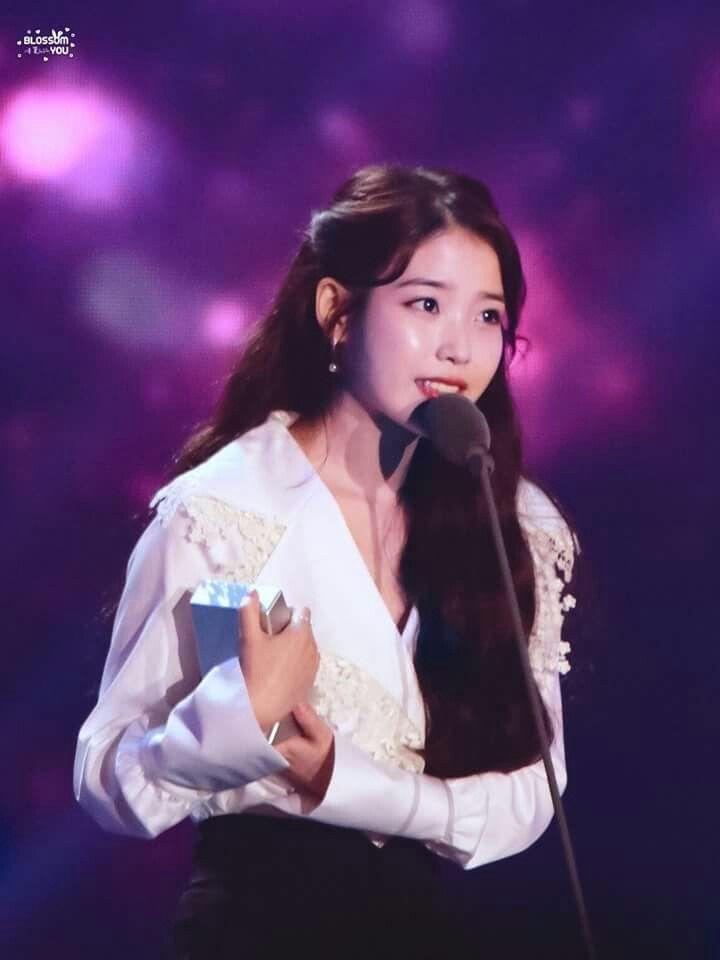 IU -171202 Melon Music Awards 2017   IU(Lee ji eun)   Pinterest