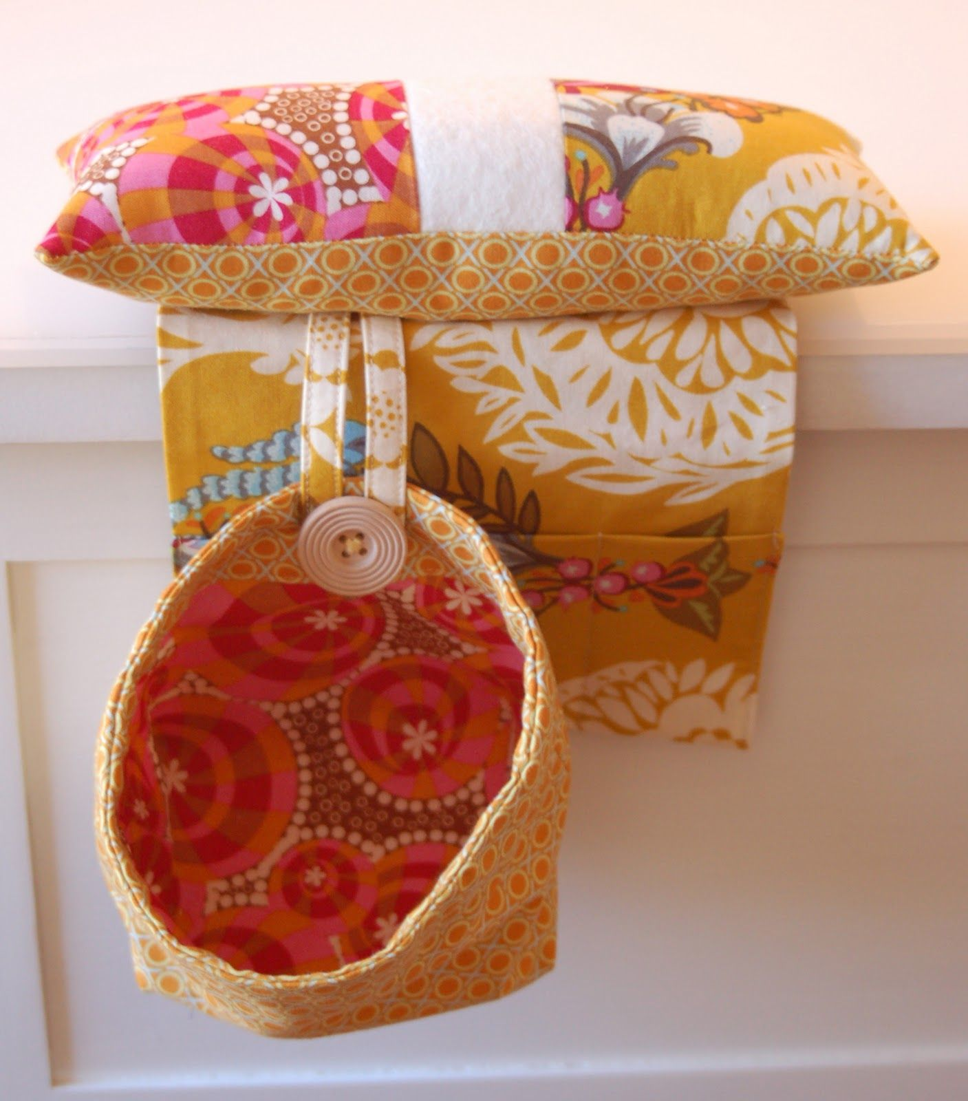 sewing table organizer and pincushion