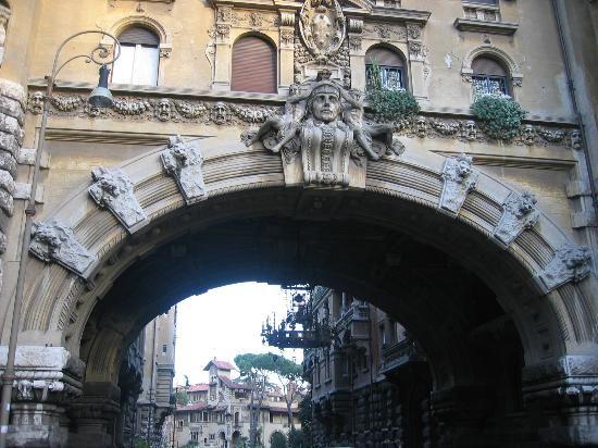 l'arco di via tagliamento, roma.