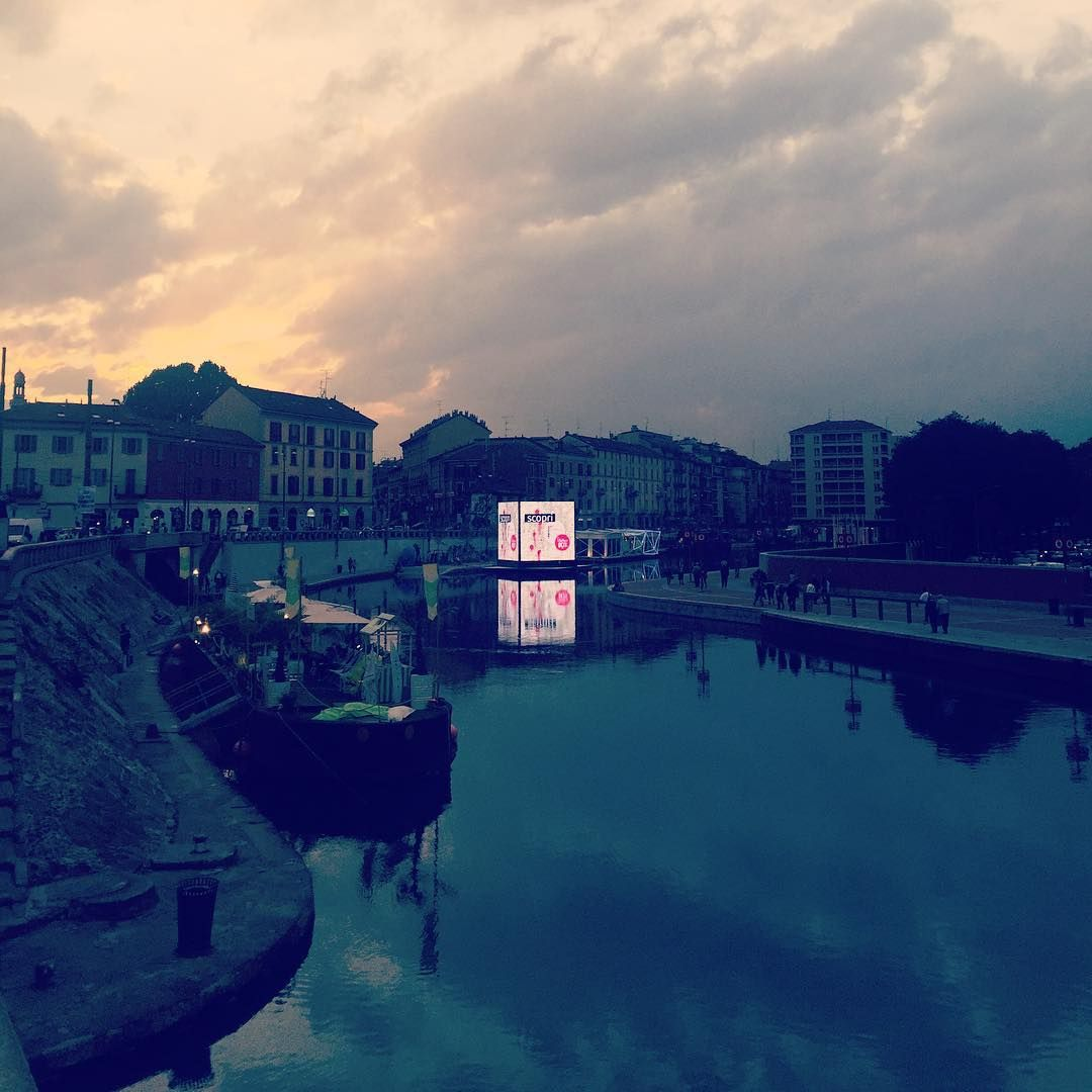 #Darsena #Navigli #Milan #Milano #milanocity #milanodavedere #darsenamilano #milanodarsena #UmaniaMilano #Mailand #Lombardia #afternoon #river by christianwoods
