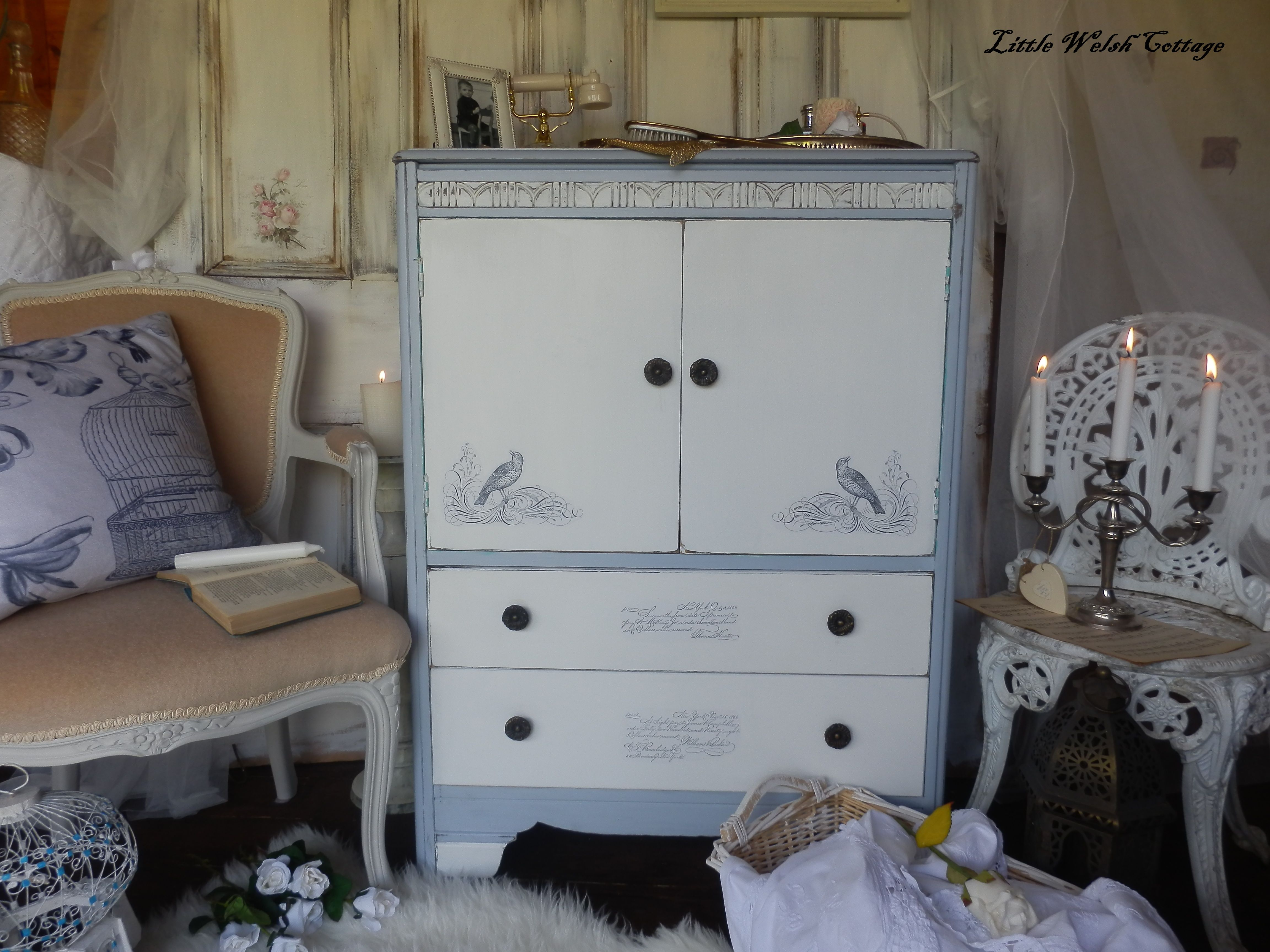 die besten 25 shabby chic schrank ideen auf pinterest shabby chic kommoden shabby chic. Black Bedroom Furniture Sets. Home Design Ideas
