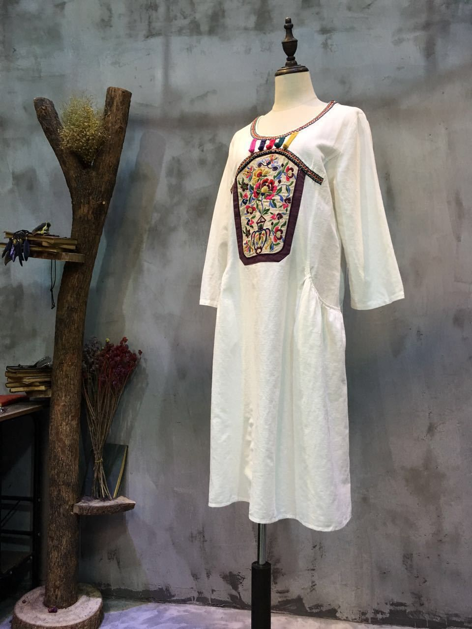 Chinese Wholesale Designer Clothing | Ethnic Style Flowers Embroidered Dress Wholesale Designer Chinese