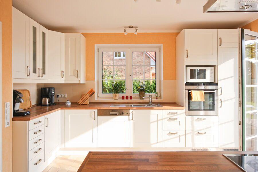 Moderne Küche im Landhausstil weiß Holz - Küchen Ideen - küche weiß mit holz
