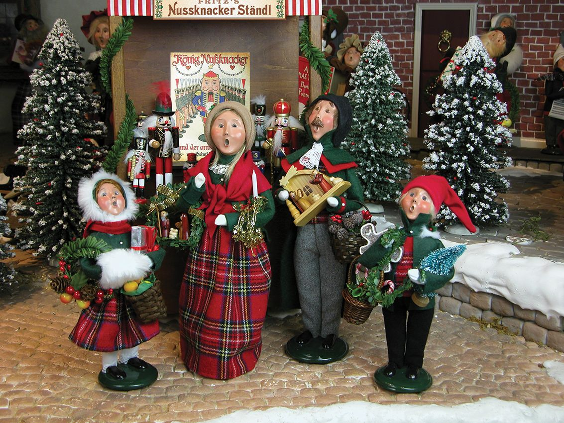 decoration ideas excellent image of dark green and red nuance choir christmas carolers decoration for christmas decorating design ideas interactive
