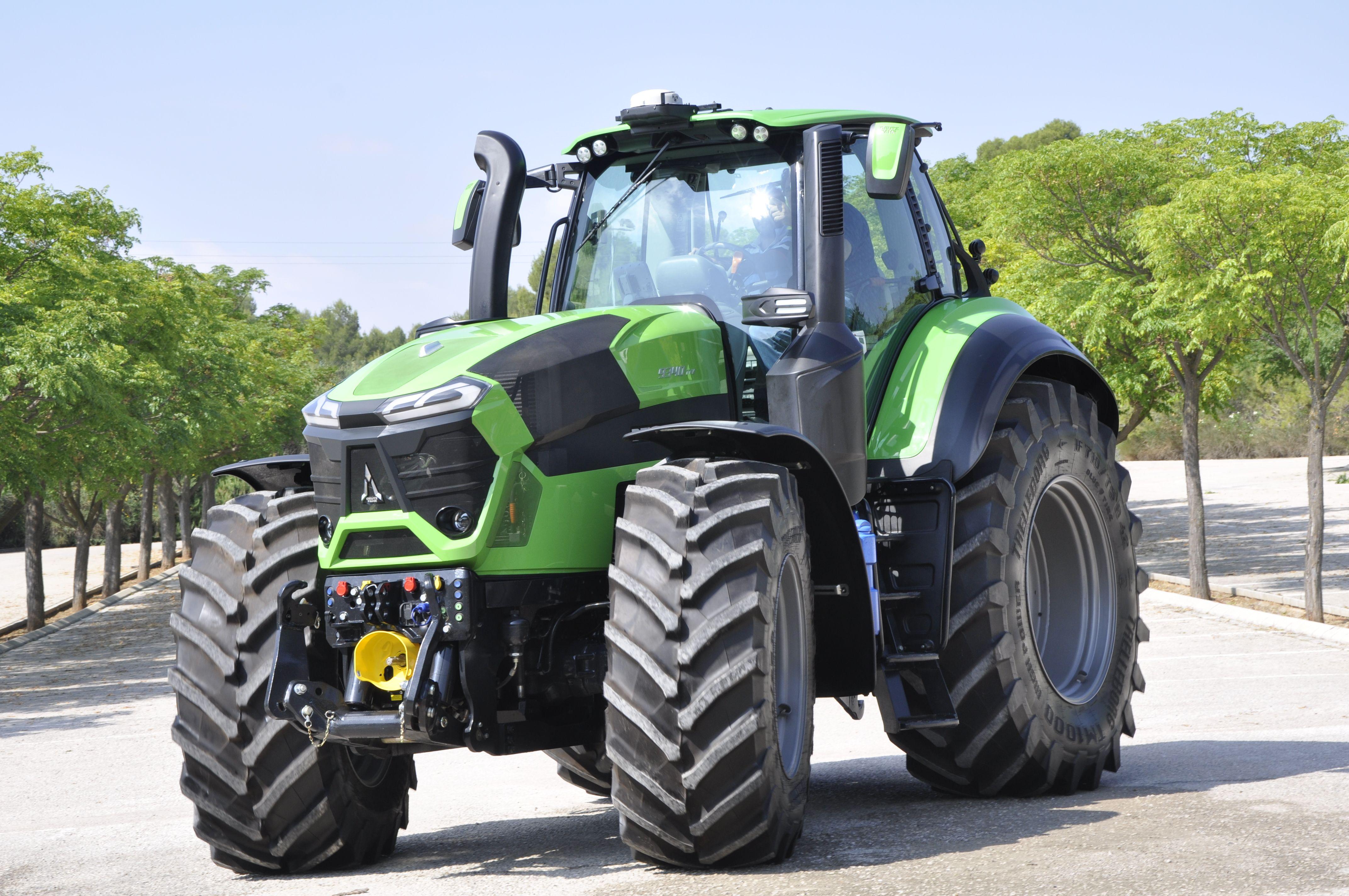 Deutz Fahr 9340 Ttv Tractors Agriculture Tractor Farm Tractor
