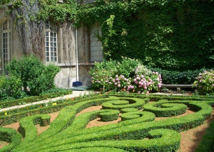 French garden design ideas garden boxwood roses Ivy | Landscaping ...