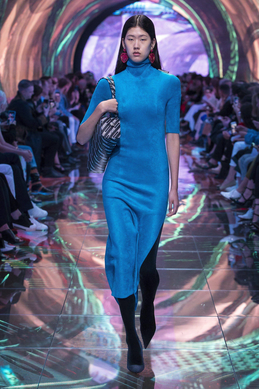 86d0f59103 Balenciaga Spring 2019 Ready-to-Wear Fashion Show Collection  See the  complete Balenciaga Spring 2019 Ready-to-Wear collection. Look 17