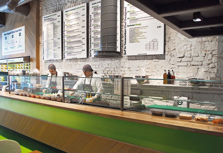 fast food restaurant salad station istanbul id design - Fast Food Store Design