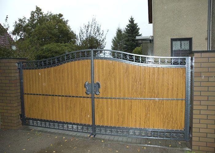 Portones de madera buscar con google casas pinterest for Portones de hierro para garage