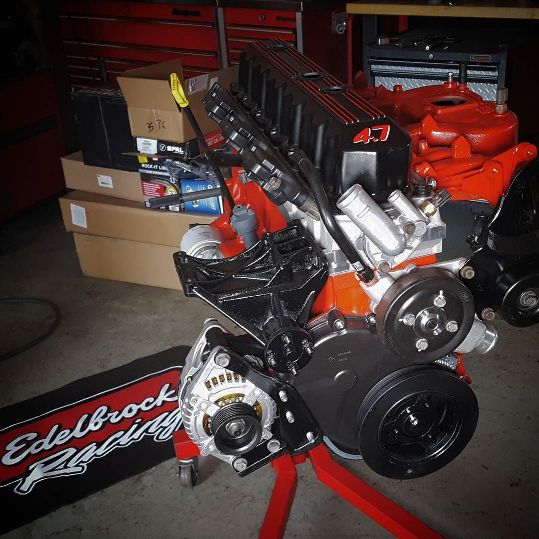 hight resolution of  realhawk s new titanengine 4 7 stroker and edelbrock aluminum preformer head looks almost too good to install and beat the crap out of almost
