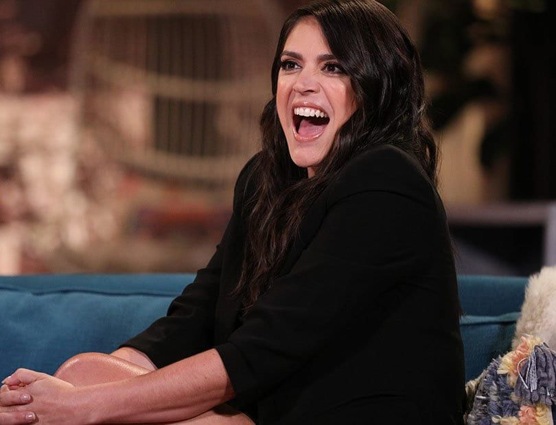 Cecily Strong Drops By Busy Tonight To Dish About Her Time On The Show Her Castmates And The Time Cecily Strong Snl Saturday Night Live Hollywood Actresses