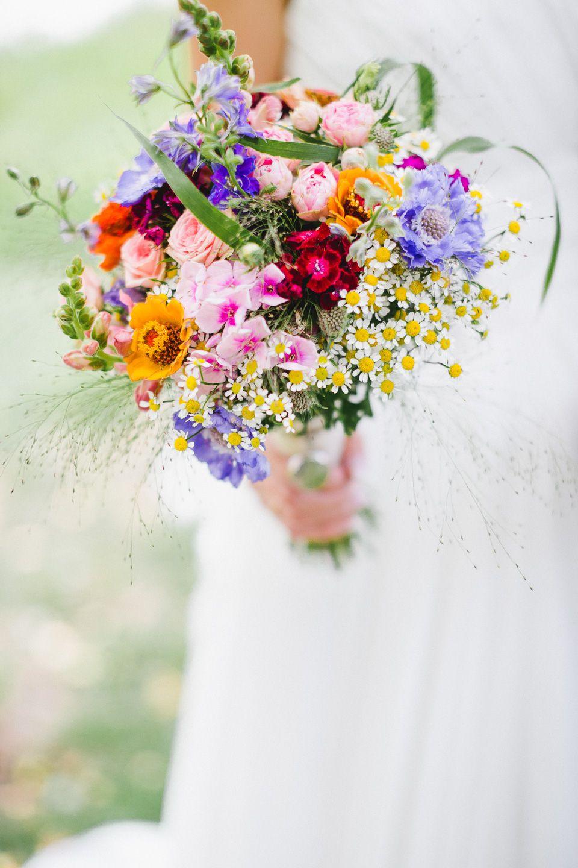 Fruhlings Und Sommerblumen Kunstvoll Gebunden Bouquet Wohnen