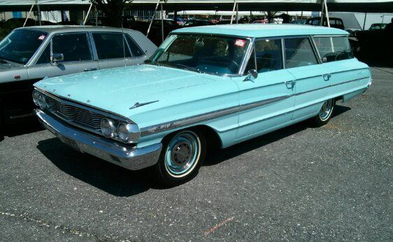1964 Ford Country Sedan 6-Passenger Station Wagon