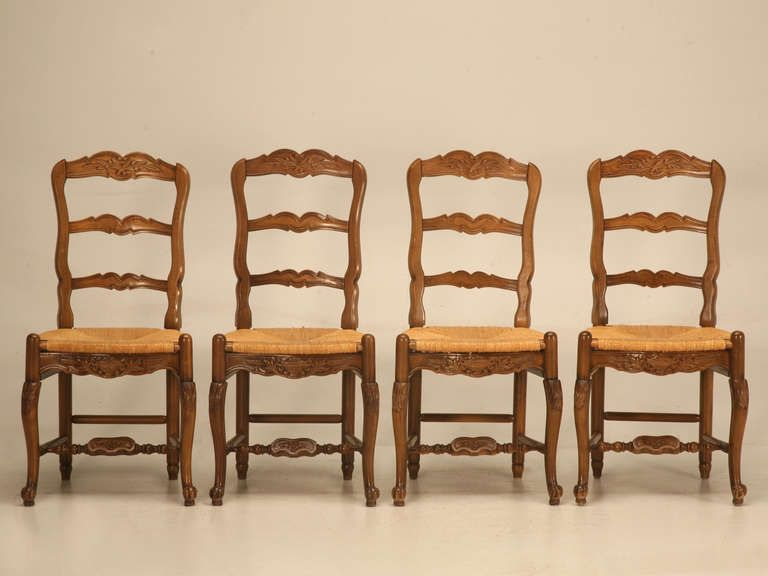 Superbe Set Of 4 Vintage Country French Ladderback Side Chairs