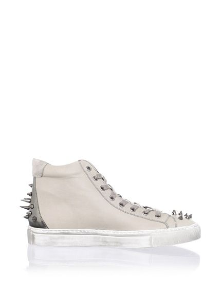 Jay Sneaker. Ruthie Davis.