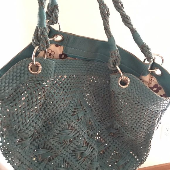 Nicole Lee Miller Ed Shipping For 1 Hour Great Summer Bag Good Shape Inside And Out You Will Not Be Disointed With This