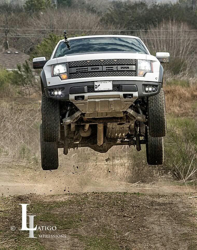 New Jumping Pictures Of My Raptor Plus Another Video This Time With Gisele Ford Raptor Car Ford Offroad Trucks