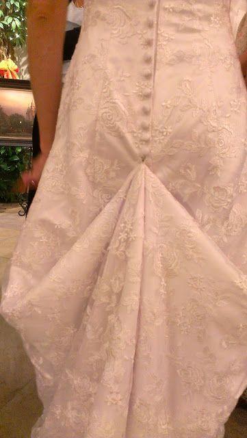 Monique S Boutique Diy Wedding Dress Bustle Wedding Dress