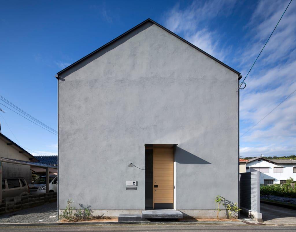 家のデザイン 北面外観をご紹介 こちらでお気に入りの家デザインを見つけて 自分だけの素敵な家を完成させましょう 家 外観 家 外観 モダン 家 外観 グレー