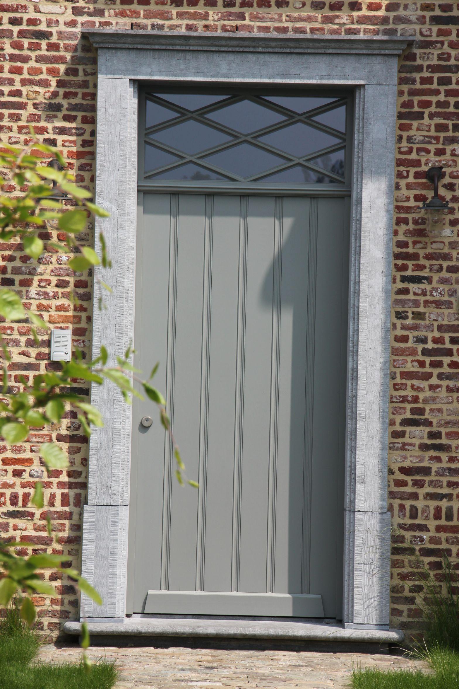 Haus außentor design hout  deuren ramen poorten  tür u fenster  pinterest  house