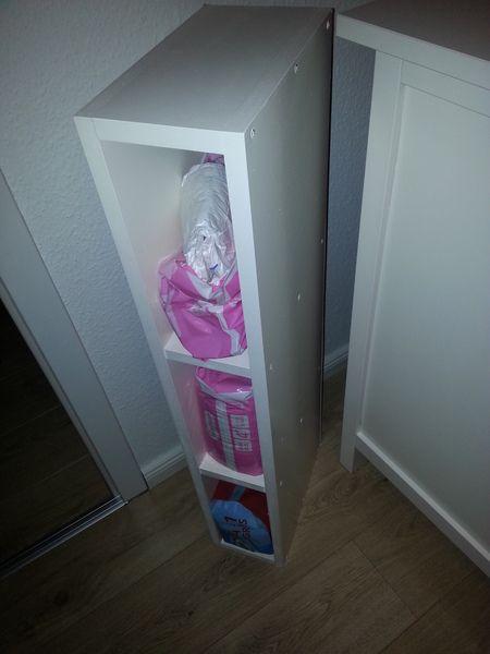 Regal f r ikea hemnes kommode wickelaufsatz von for Ikea kommode kinderzimmer