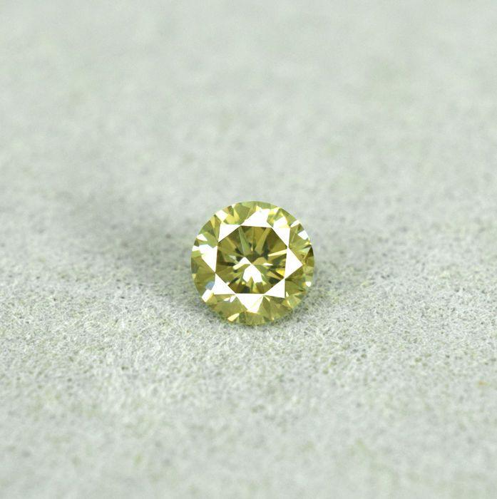 Natuurlijke Fancy groenachtig geel Diamond - 023 ct Si1 - geen MINIMUMVERKOOPPRIJS  Verslag neen. ENV2017092524540Edelsteen: diamantGrootte 387 x 3.85 x 246 mmDuidelijkheid SI1Behandeling onbehandeldCarat: 023 ctFancy groenige kleur geelRonde briljante Cut snijdenOorsprong AfrikaInclusief certificaatArtikelnummer: 126958Verzonden als DHL parcel.  EUR 36.00  Meer informatie