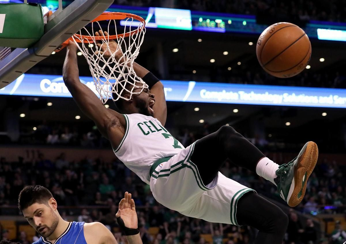 Celtics kick up heels in rout Celtic, Orlando magic