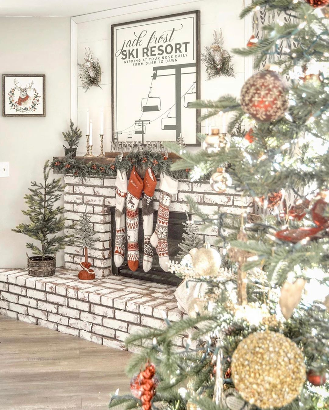 Modern Farmhouse Home Decor Do You Have A Holiday Decoration That Breaks Over And Over Again But You Christmas Decor Diy Holiday Decor Christmas Decorations