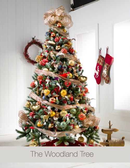 Woodland Christmas Tree at David Jones Store Sweet reindeer and rosy  berries clustered among gleaming gold - Pin By Your Town On Christmas Time Again! Christmas, Woodland