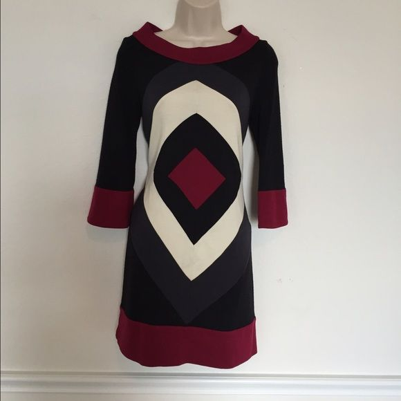 Host PickDVF Wool Dress Diane Von Furstenberg dress. Small wholes in the back  top of the dress Diane von Furstenberg Dresses