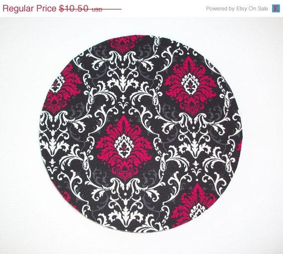 SALE  Mouse Pad mousepad / Mat  Round  Red black white by Laa766, $9.00