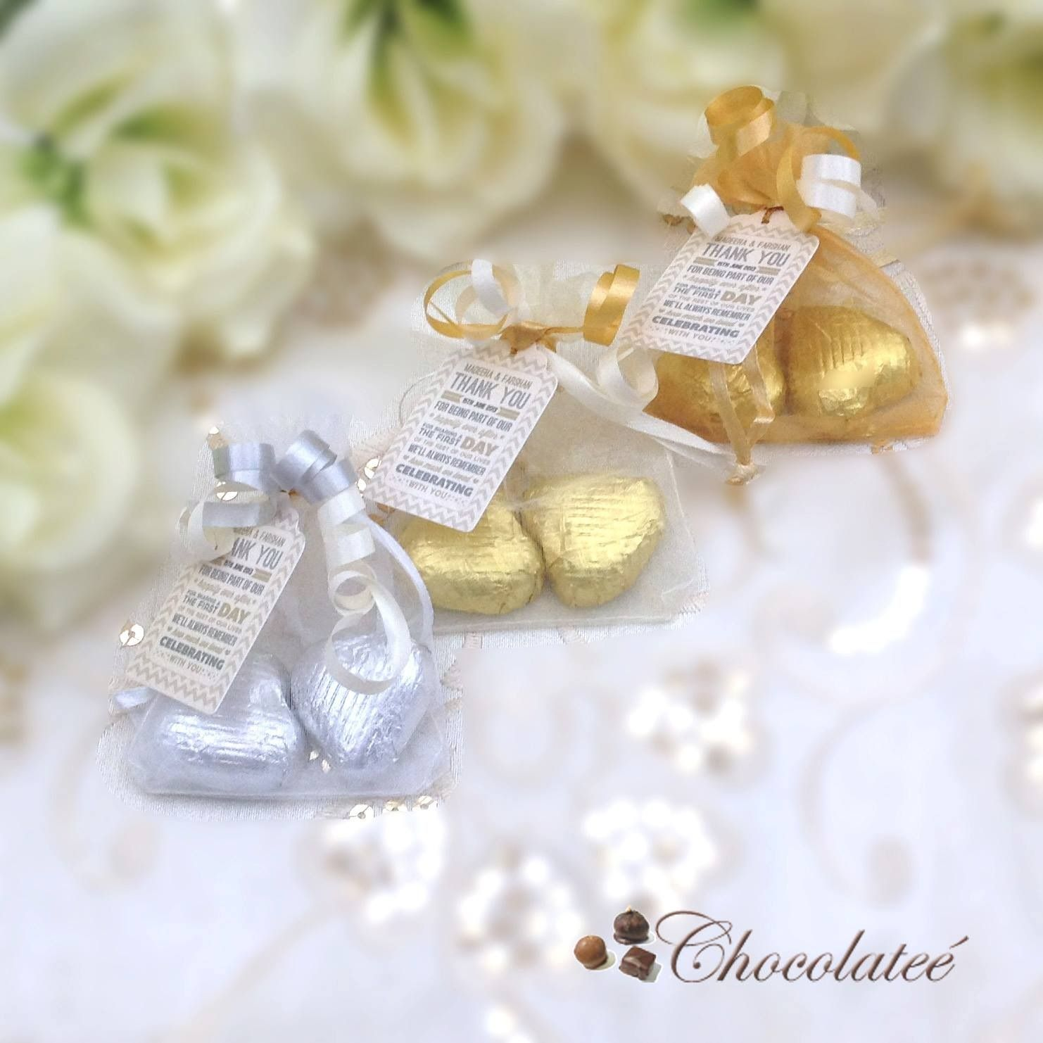 Organza Bag Wedding Favours With Personalised Labels Http Www Chocolatee Co