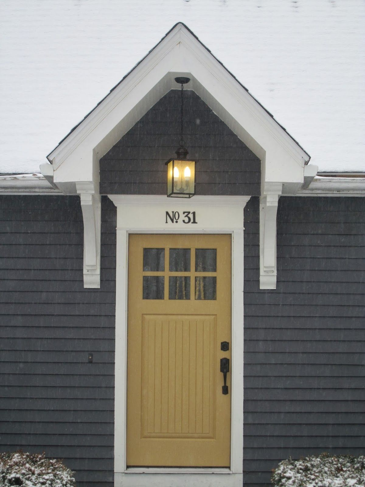 Before After Cape Cod House Gets A Makeover House Paint Exterior Cape Cod House Exterior Yellow Front Doors