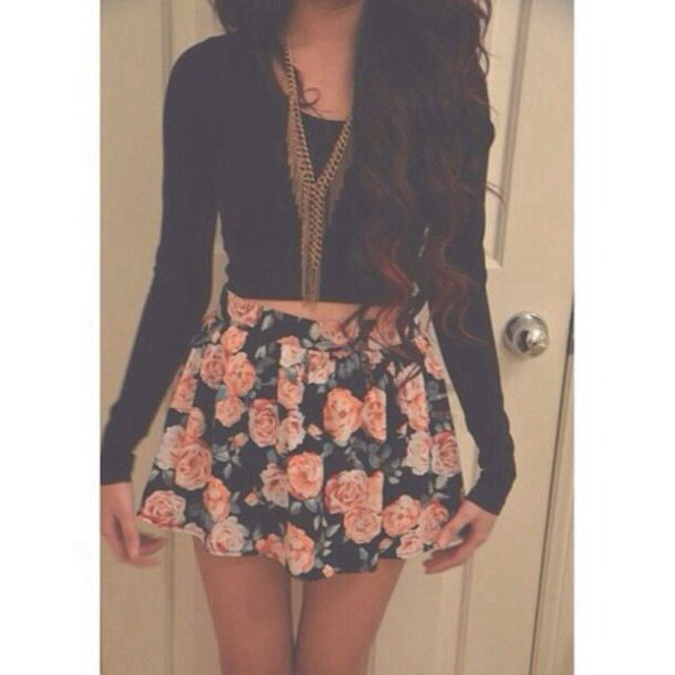 cute floral skirt outfit fashion clothes style